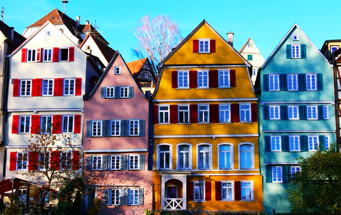https://www.pexels.com/photo/apartment-architecture-city-colorful-415687/